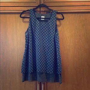 Cabi Sleeveless scallop-patterned tunic